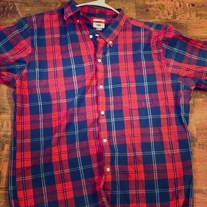 Slim fit Old Navy button down shirt!